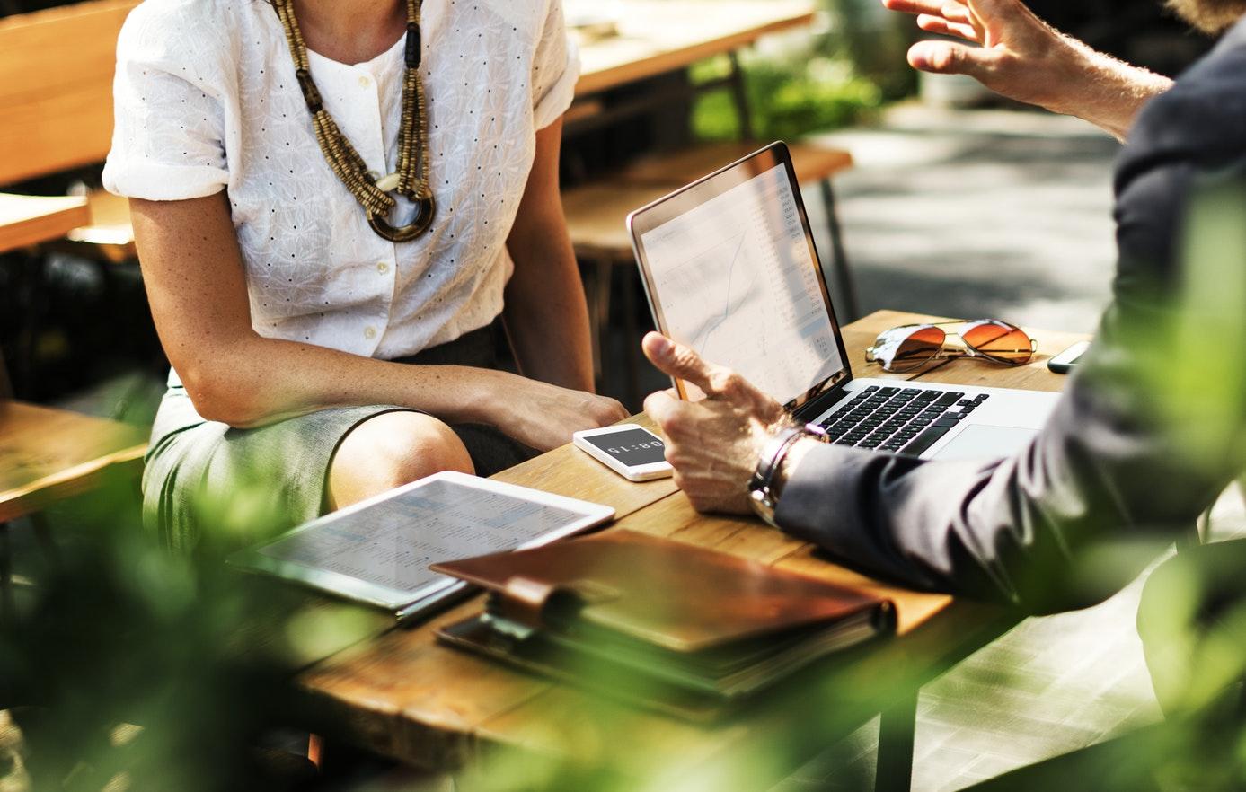 copywriter for financial advisors