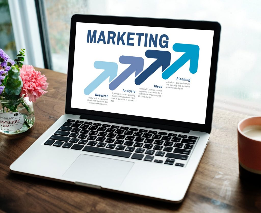 marketing copywriter